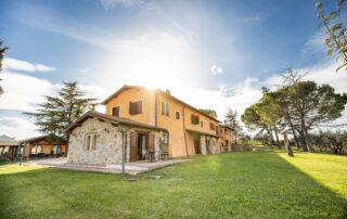 Agriturismo con appartamenti vacanze vicino Perugia