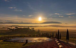 Sorgere del sole su Assisi vista dal agriturismo